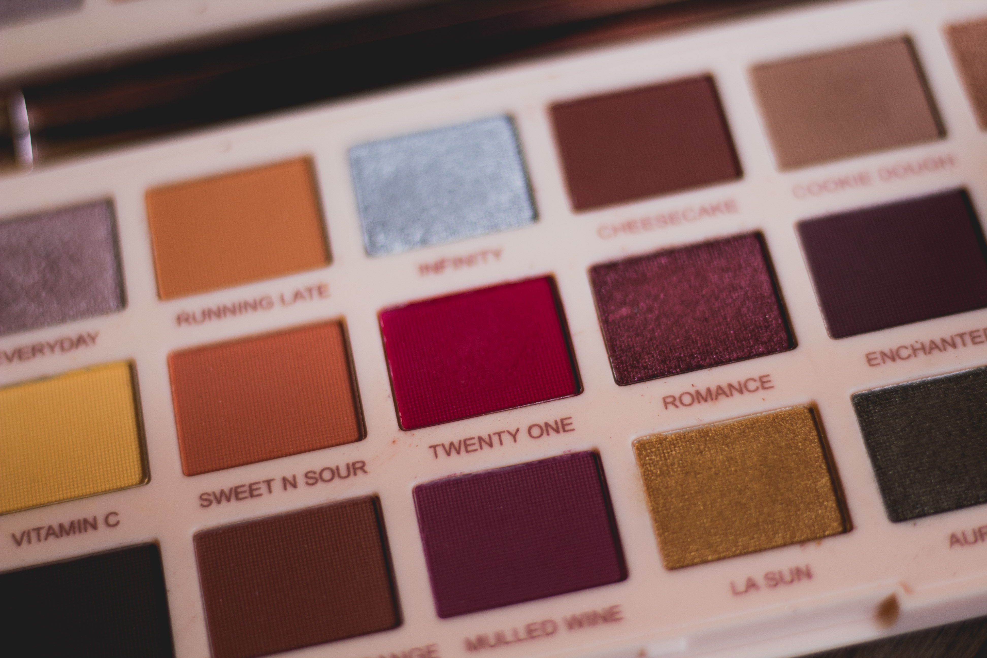 3 Fall Palettes: Soph x Revolution Extra Spice Palette