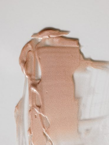 Charlotte Tilbury Hollywood Flawless Filter dupe L'OREAL GLOW CHERIE